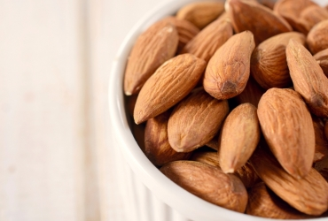 7 Evidence-Based Health Benefits of Almonds