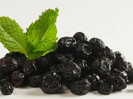 7 Health Benefits of Dried Blue Berries