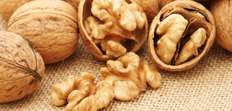 12 Health Benefits of Walnuts