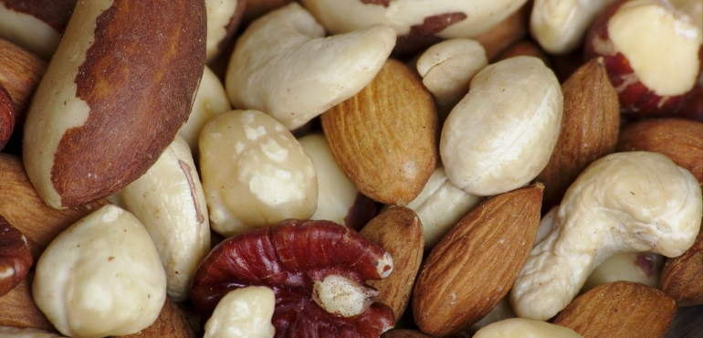Nuts and your heart Eating nuts for heart health